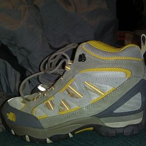 North face womens 8.5s